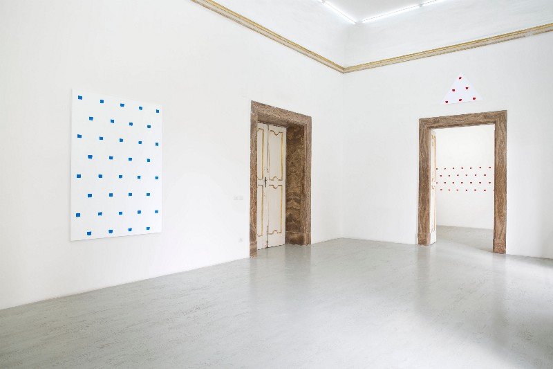 Niele Toroni, partial view of the exhibition, March 2015Niele Toroni, partial view of the exhibition, March 2015