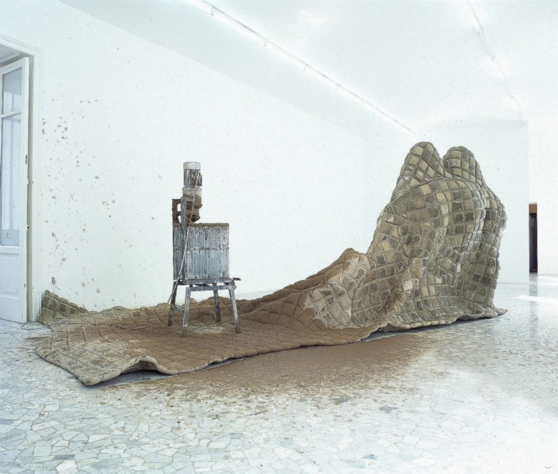 Perino & Vele, Kubark, partial view of the exhibition, September 2004