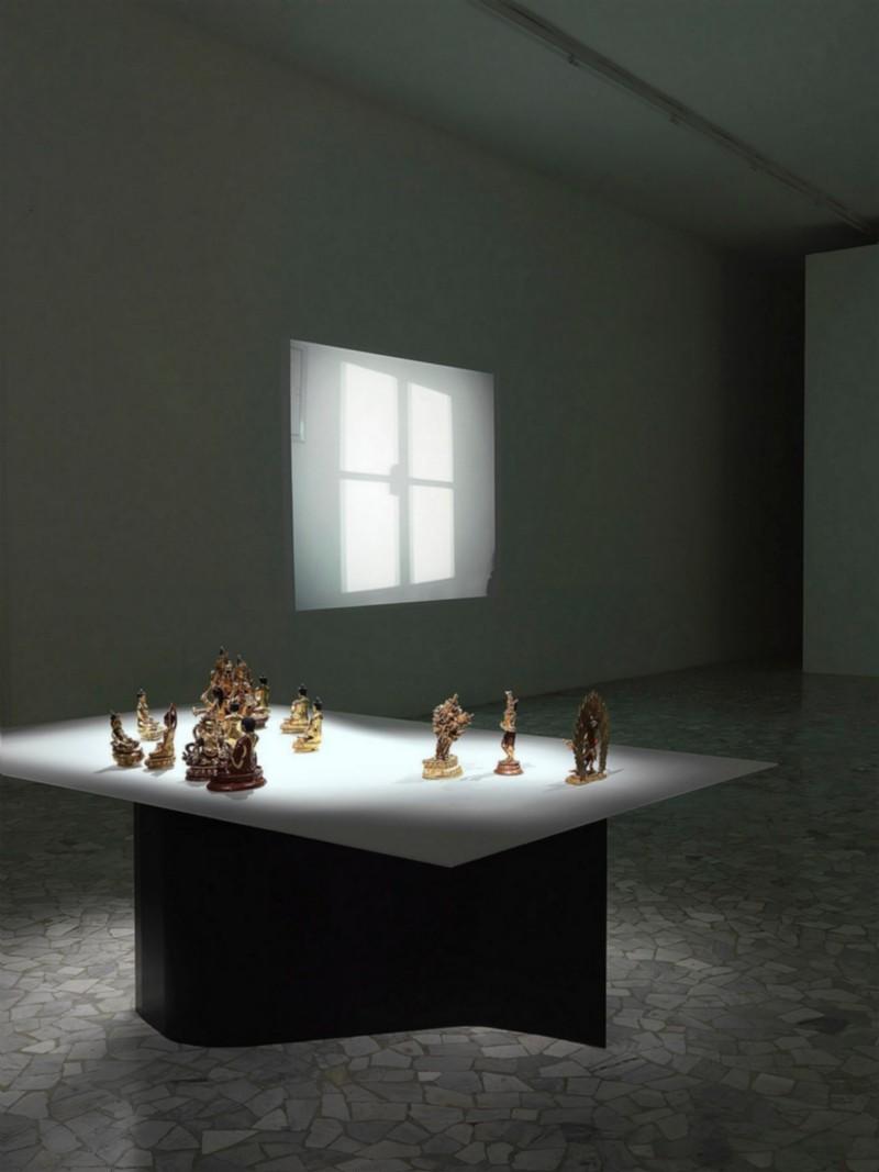 Anri Sala, La mano di Dio, partial view of the exhibition, May 2008