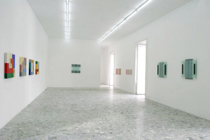 Carl Andre, Melissa Ktrestchmer, Doug Ohlson, Mary Obering, partial view of the exhibition, 2006