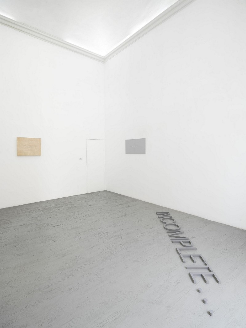 Robert Barry, partial view of the exhibition, June 2014