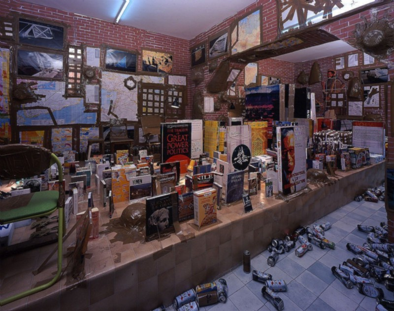 Thomas Hirschhorn, Plan B, partial view of the exhibition, January 2003