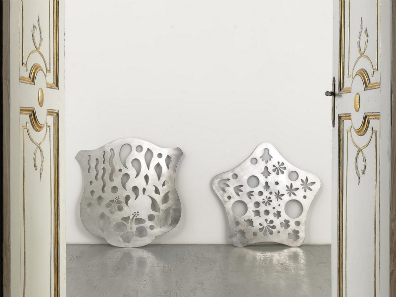 MayVina, 2014, polished steel, left side: cm 128 x 125 x mm 8, right size: cm 125 x 125 x mm 8, cm 126 x 280 x 16 (installation size), unique